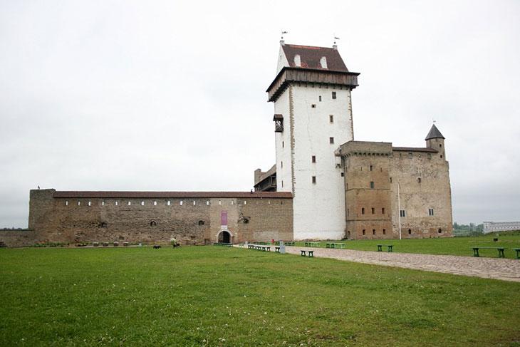Нарвский замок / замок Герман